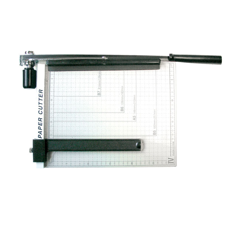 GILOTYNA PAPER CUTTER A3  METAL